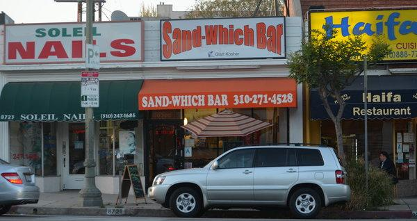 NEW: Great sandwiches just east of Robertson