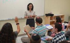 New Bio teacher brings a bit of Puerto Rico to Los Angeles