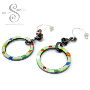 TUTTI FRUTTI Enamelled Copper Circle Earrings - Spring Green