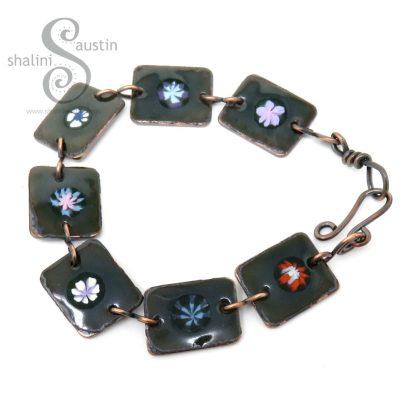 Enamelled Flowers Copper Bracelet - Dark Green