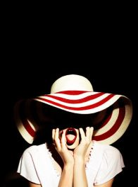 striped-hat-fashion-editorial