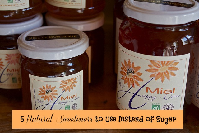 5 Natural Sweeteners to Use Instead of Sugar