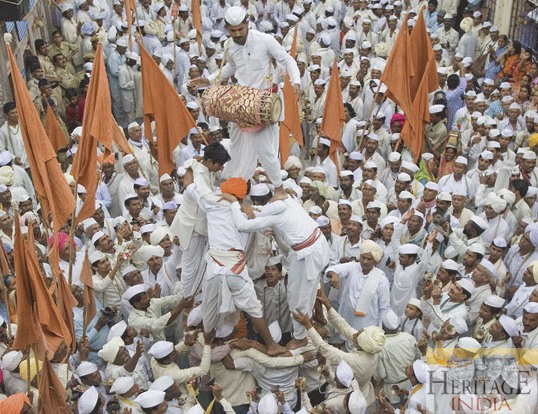 The Wari of Pandharpur (2/4)