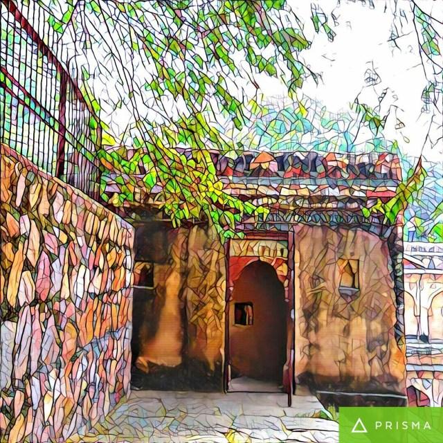 rajaon-ki-baoli-mehrauli archeological-park-qutub-minar-new-delhi-#fridayfiction