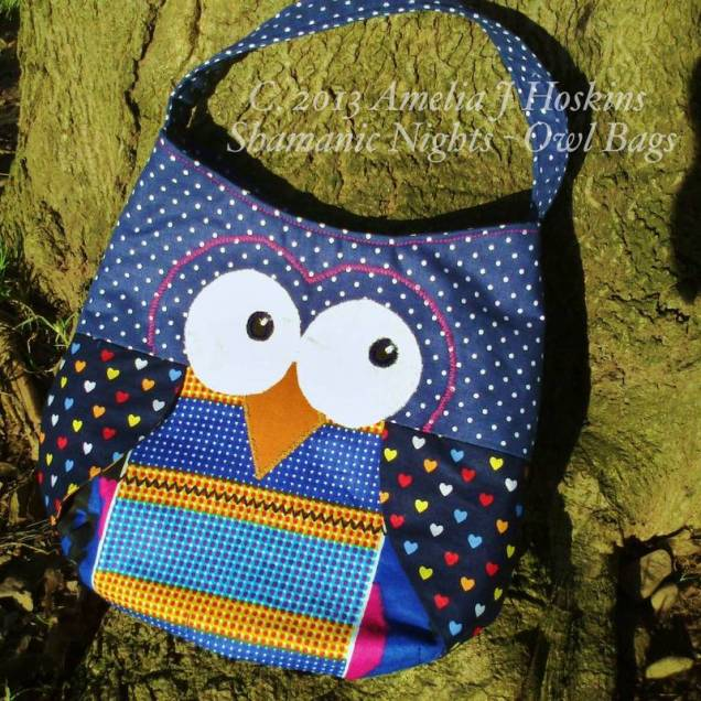Owl bag blue dotted heart wings