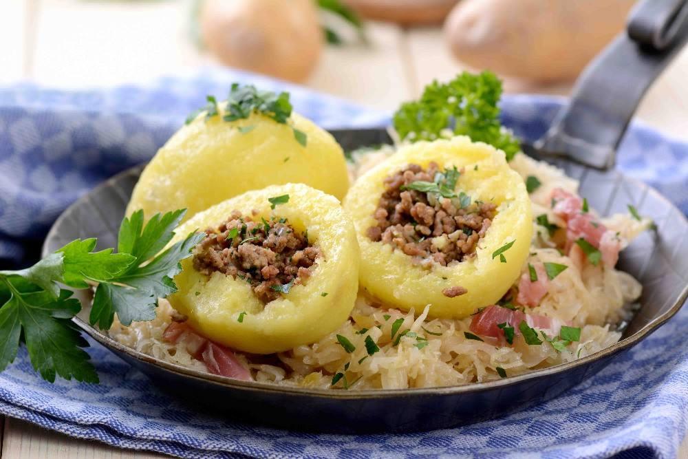 طريقة عمل محشي البطاطس بالارز