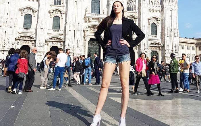 Ekaterina Lisina Leg Size