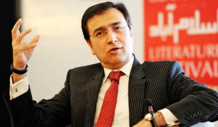 anchor moeed pirzada