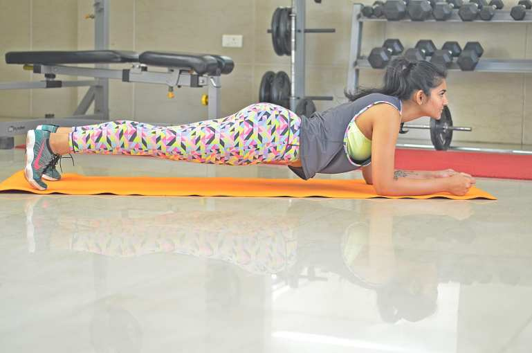 PLANKS-fitness-summer-shanaya