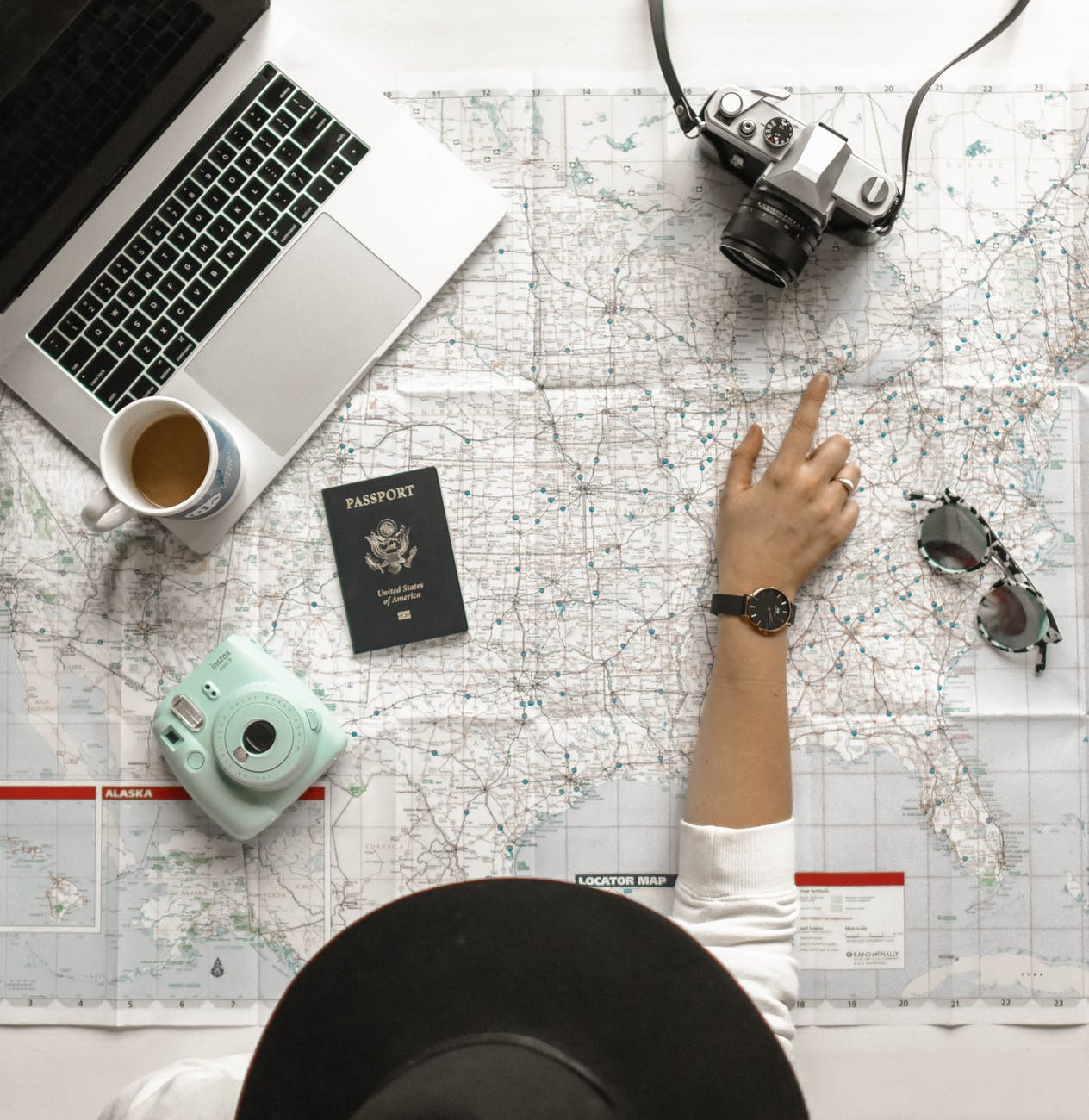 Must-Have-Travel-Essentials-For-Every-Trip