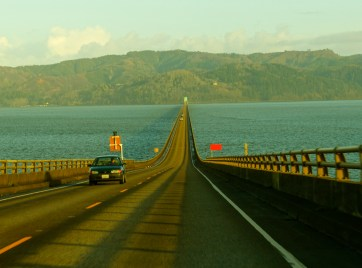 Going down the bridge to the Washington State side of the Columbia River