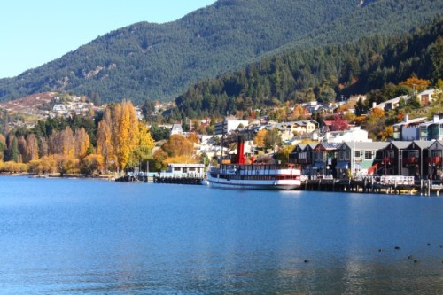 Queenstown, Lakefront