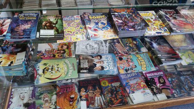 Free comics... muah ha ha HA!!!