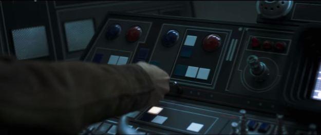 star wars solo trailer millennium falcon cockpit and hand 4