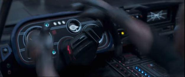 star wars solo trailer speeder cockpit 5