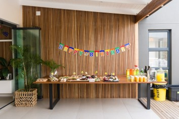food table (adults)