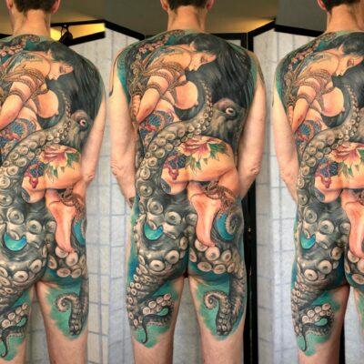 2.zhuo dan ting tattoo work 卓丹婷纹身作品 满背捆绑艺妓章鱼纹身 1