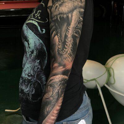 zhuo dan ting tattoo work 卓丹婷纹身作品 花臂龙和眼镜蛇纹身 1