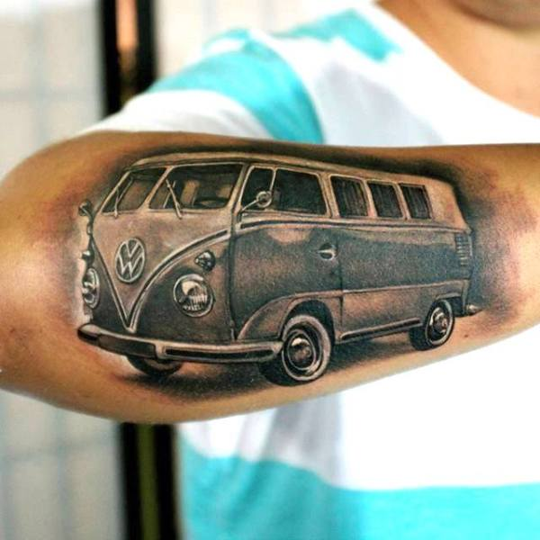 Zhuo-Dan-Ting-Tattoo-work-卓丹婷纹身作品写实车纹身