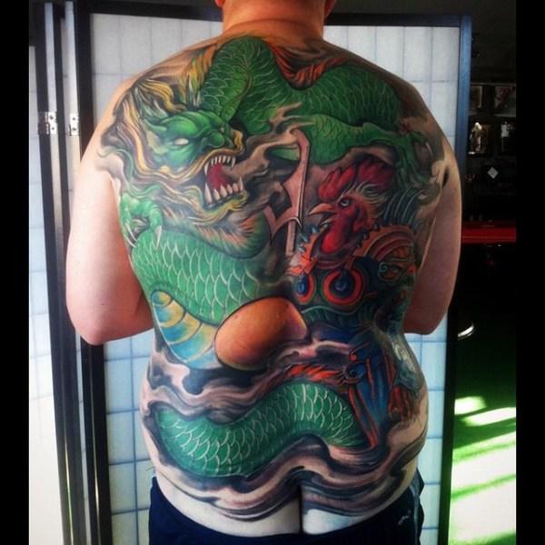 Zhuo-Dan-Ting-Tattoo-work-卓丹婷纹身作品-满背龙和公鸡纹身