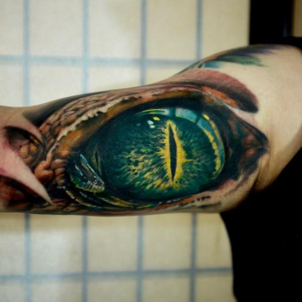 Zhuo-Dan-Ting-Tattoo-work-卓丹婷纹身作品-眼球纹身