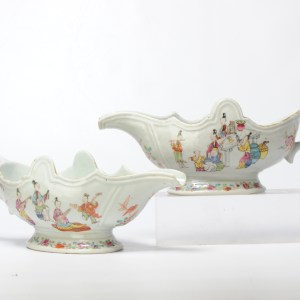 Pair Antique 18C Chinese Porcelain Sauce Boat China Mandarin Rose Qianlong Period