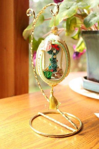 Christmas ornament egg