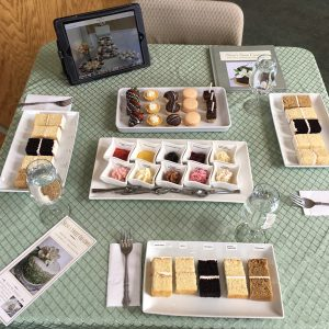Wedding Cake Tasting Tutorial