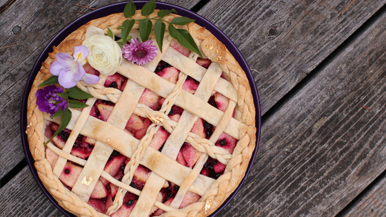 how to make a pretty decorated pie