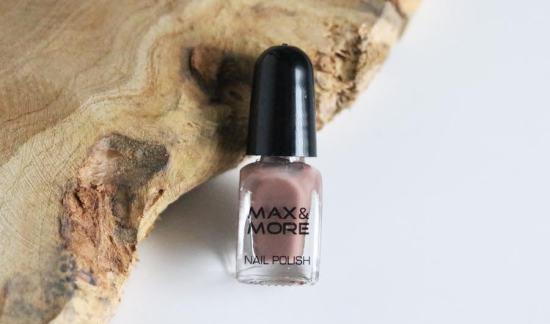 17 M&M nagellak