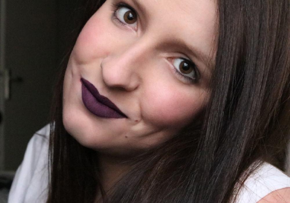 13 Velvet lacquer