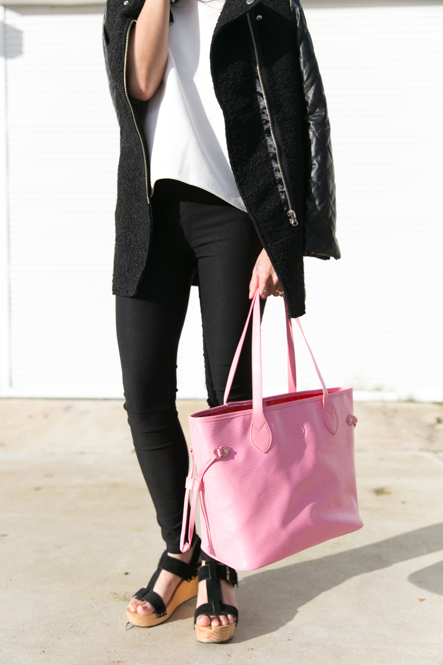 Treggings, Niclaire pink leather tote bag.