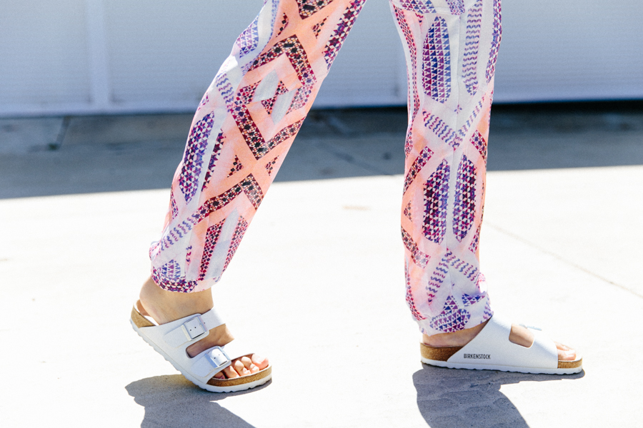 White Birkenstocks outfit. Summer pants with pretty print. Statement print pants.