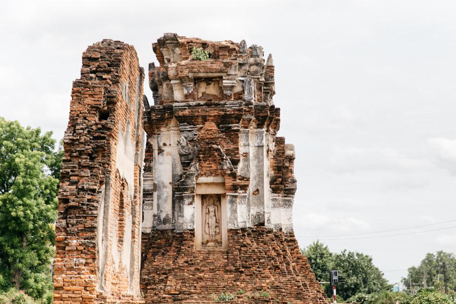 Ruins in Lopburi, Thailand. Where to see monkeys in Thailand.