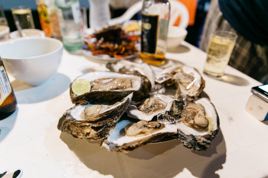 Fresh oysters in Thailand from Makro store,