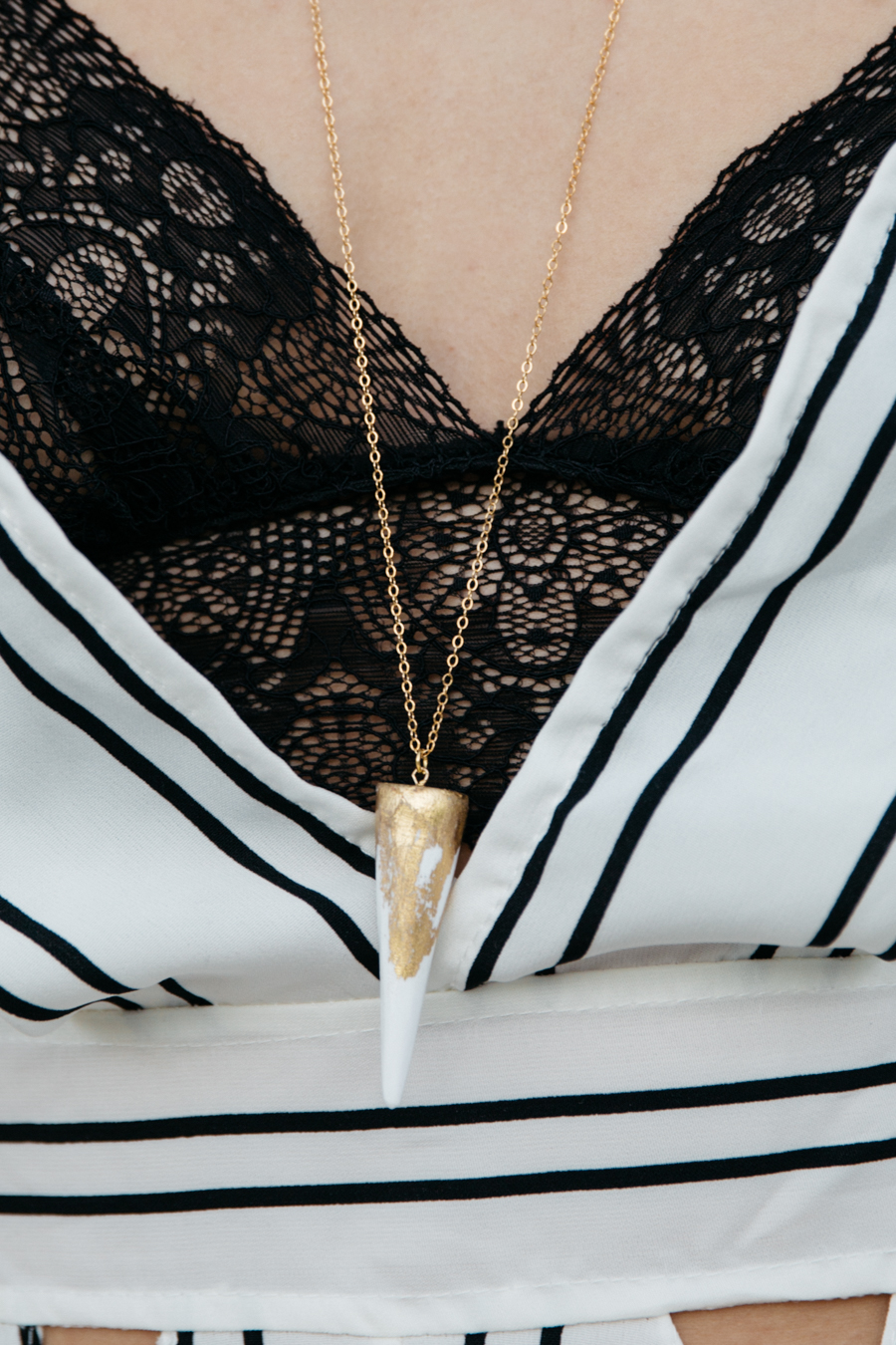 Emilia Rossi. Gold & white spike necklace.