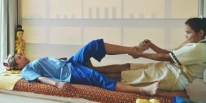 massage thaï shantazen douai arras lens cambrai valenciennes lille libère les noeuds les tensions musculaires rééquilibre l'énergie améliore la circulation sanguine et lymphatique bien-être général redonne souplesse des articulations recommandé pour les sportifs
