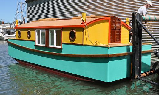 Shantyboat Hotel | ShantyboatLiving.com