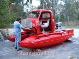 What Is Going On Here- - BoatTEST.com.clipular