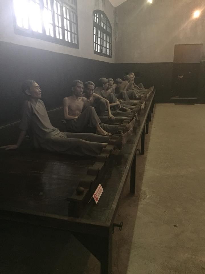 hao lo prison in hanoi