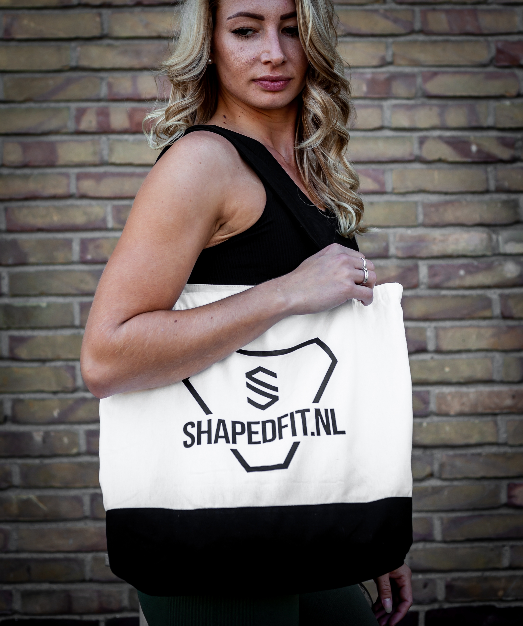 shaped tas