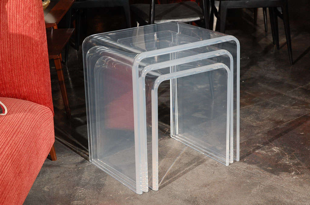 Set Of Three Lucite Nesting Tables At 1stdibs