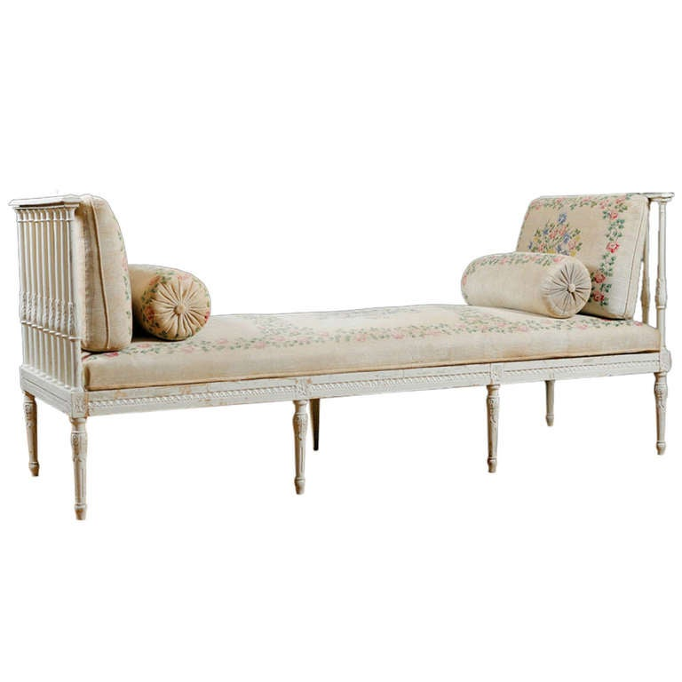 Swedish Banquette Or Daybed With Vintage Hand Painted