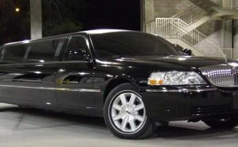 black limousine toronto