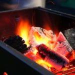 バーベキューでの火起こしのコツ!短時間で炭火が作れる簡単なやり方
