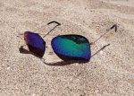 海でかけるサングラス!メンズにおすすめなおしゃれグラサン特集