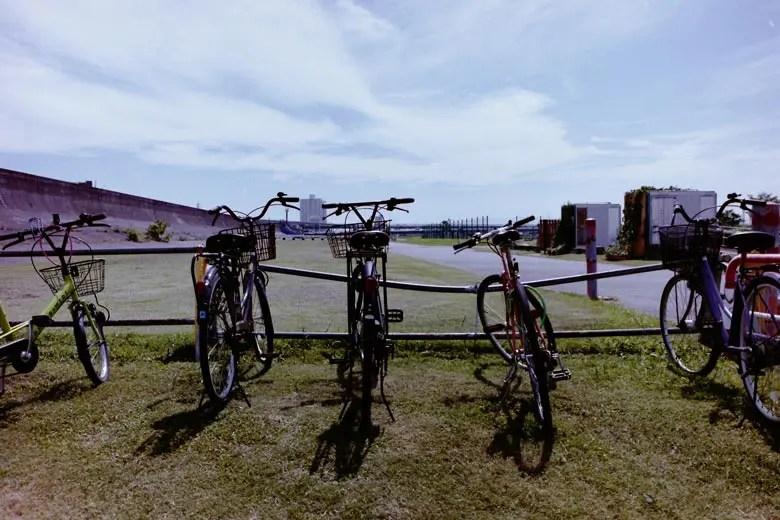 並ぶ自転車