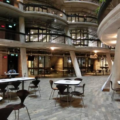 新加坡南洋理工大學教學中心內部