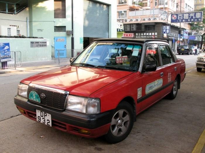 往返香港迪士尼樂園度假區之計程車有三種,不同顏色之的服務不同的地區