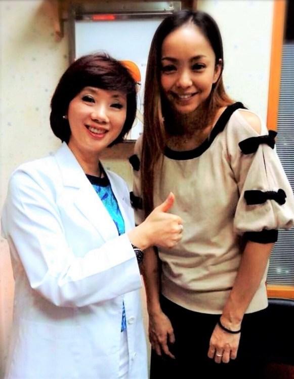 吳明珠的名氣,讓日本知名女星安室奈美惠曾前來求助消除水腫的方法。